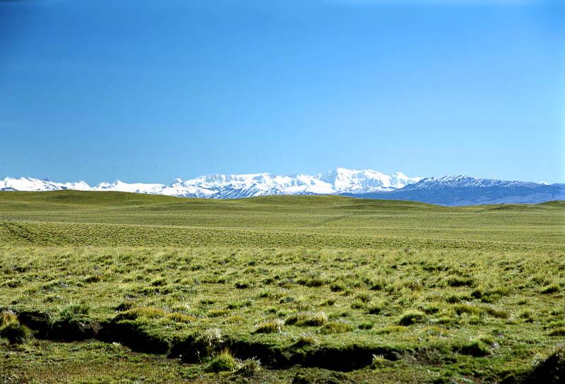 Pampa-und-Berge.jpg